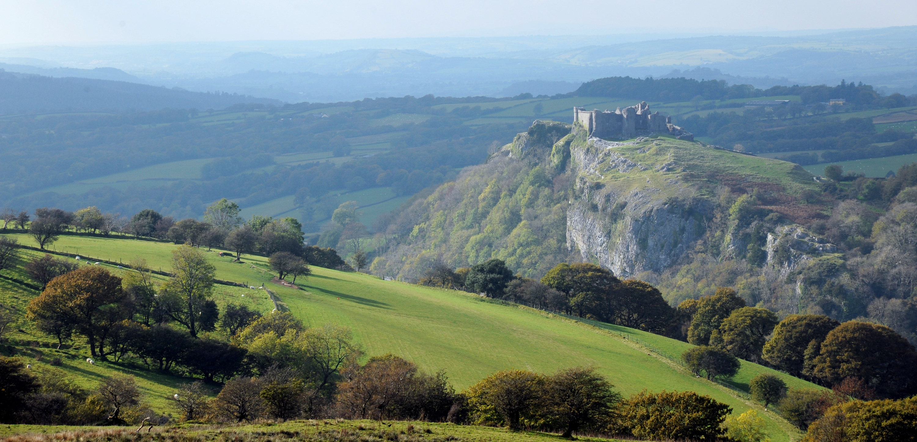 Commended 2018: Carreg Cennen Castle, by Ken Day, Wikimedia Commons CC BY-SA 4.0